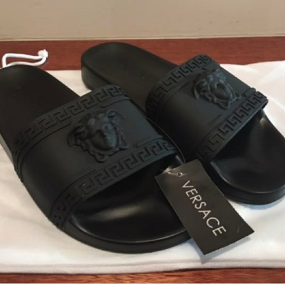 9ed4d870003 New Versace Palazzo Medusa sandals